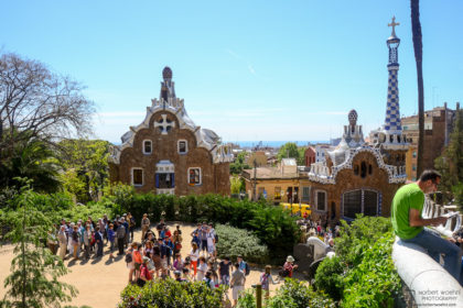 A view of the Porter's Lodge at the Antoni-Gaudí-designed Parc Güell in Barcelona, Spain.